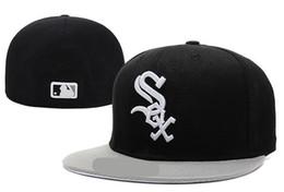 Nuevo sombrero entallado de White Sox Hot On Field Ala plana de alta calidad envuelta Logotipo del equipo SOX fanáticos béisbol Sombreros completamente cerrados desde fabricantes
