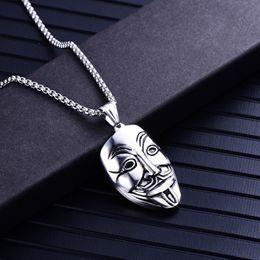 cdac3093af4a Collar de joyería Unisex Titanio acero inoxidable V para Vendetta Clown  Mask Hip-hop Charm Colgante Collar de plata