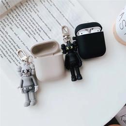 estuches para muñecas Rebajas Funda de muñeca de silicona suave de dibujos animados para Apple Airpods Funda de oso inalámbrico Bluetooth para auriculares
