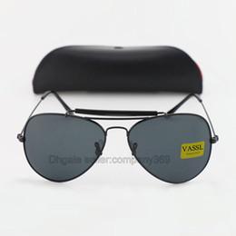 5 stücke großhändler preis klassische vassl marke sonnenbrille für männer designer oval rahmen schwarz 62mm objektiv frauen sugnlasses 13 farben mit leder fall von Fabrikanten