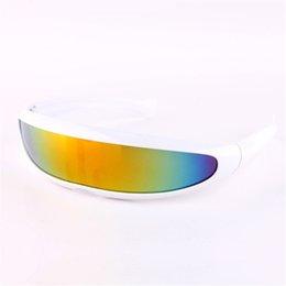 2019 смешные очки мужчины YOOSKE Смешные Чужеродные Солнцезащитные Очки Мужчины X-Men Личность Лазерные Очки Прохладный Сиамские Роботы Солнцезащитные Очки Женщины Солнцезащитные Очки Очки дешево смешные очки мужчины