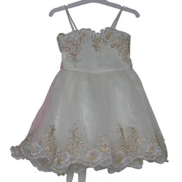 Avorio bambini lunghezza al ginocchio Spaghetti strap satin corpetto gonna in tulle Organza sash Ricami Flower Girls Formal Princess Dress 2981518 da cinturino in organza avorio fornitori