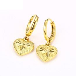 Canada Boucles d'oreilles fantaisie coeur en or jaune plaqué or 24 carats Dull poli tour sculpté Designs de fleurs Hoop oreille bijoux pour femmes Offre