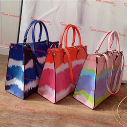 Tie dye pastello online-Handbag designer borse Designer Tote Bag For Sale estate 2020 Tie Dye Luxury Tote per le donne pastello Tote Escale Collection