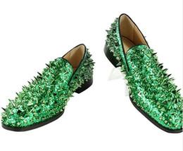 Blaue glitzer schuhe für die hochzeit online-2019 Hochwertige Slipper EU39-EU46 Herren Glitter Spiked Schuhe Royal Blue Löwenzahn Wohnungen Hochzeitsschuhe für Herren