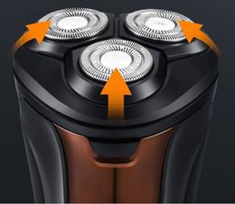 2019 цены триммеров 100 % original 4D electric shaver men's machine charge three floating shaver head shaver body wash Rotating