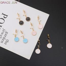 704690e0f99e 2019 students earrings GRACIA 4 DE JUNIO Color Disponible Tiempo Reloj  Despertador Forma Clip en Pendientes
