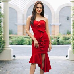 Vestido de festa sexy vermelho midi on-line-2019 Nova Chegada do Verão Celebridade Vestido de Festa Mulheres Vestidos Sexy Sem Mangas Strapless Red Ruffles Midi Vestido Bandage Vestido