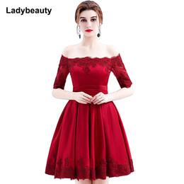 aa7815aa3 Venta al por mayor 2017 vino rojo de encaje bordado de lujo satinado media  manga corta vestido de noche elegante banquete vestido de gala Robe De