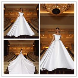 аппликации простые платья Скидка Новый Современный Белый Линия Платья 2018 Новый С Плеча Аппликация Равнина Атласные Длинные Свадебные Платья