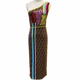 Deutschland Designer Damen Strick Tees und Röcke Marke FF Zweiteiliges Kleid T-Shirt + Elastischer Strick Hüftrock Luxus supplier women s designer skirts Versorgung
