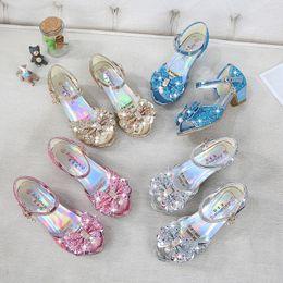 Sandalias de tacones de lazo online-4 colores Snow Queen princesa de cuero sandalias del bebé muchachas de los cabritos los altos talones de los zapatos de vestido de baile Crystal sandalias de los niños del Arco-nudo Zapatos M936-2
