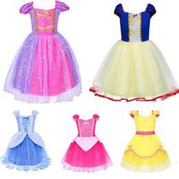 Neonata vestirsi vestiti online-Ragazza Principessa Rapunzel Costume Baby Costume Party Dress Up Per Halloween Natale Compleanno Bambini Bambini Lace Party Clothing B122