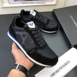 Chaussures de marque 2019 en argent et en oxford frais. Robe italienne de salle de bal classique. Nouveau flats en cuir verni pour hommes. ? partir de fabricateur