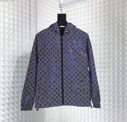 Casaco velho on-line-Mens Designer Jaquetas 3D reflexivo Luminous old flower impressão Sunscreen windbreaker homens casacos Top quality Marca jaqueta com capuz blusão