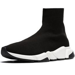 Meia de chocolate on-line-Designer Meias Sapatos Homens Meias Velocidade Moda Mulheres De Luxo Sneakers Triplo Preto Branco Runner Formadores Confortáveis Sapatos Casuais Luz
