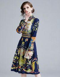 Leopardo blu stampa abiti online-2019 Sciarpa stile vintage con stampa tigre leopardata color blu con stampa a fiori sulle camicie a maniche lunghe monopetto