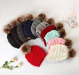 Chapéus de esqui feminino on-line-Crianças Adultos Grosso inverno quente Hat para as Mulheres Macio Skullies Gorros Cap Ski menina estiramento de cabo de malha de Pom Poms Gorros Chapéu feminino