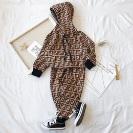 sequinino di anguria Sconti ragazzi ragazze designer lusso cotone manica lunga bambino designer due pezzi set abbigliamento bambini primavera autunno tuta sportiva