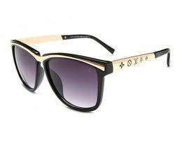 Nouvelle marque de lunettes de soleil de mode femmes hommes cadre designer lunettes de soleil de haute qualité dame conduite shopping lunettes ? partir de fabricateur