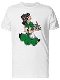 T-shirt da uomo vestito verde - Immagine di Fashion da