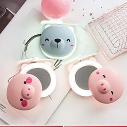 Handspiegel online-10 arten Schwein Fan Spiegel Schönheit Tragbare Tasche USB Lade Mini Handheld Fan Mit Kosmetikspiegel LED-Licht Kleine Fan Reise Geschenk FFA2427