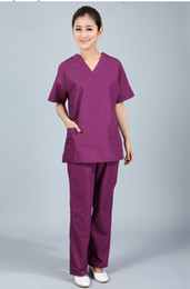 Scrubs infermieristici online-Nuovo plus size collo a V di WoMen estate infermiera uniforme ospedale medico macchia set vestiti manica corta chirurgica scrubs C18122701