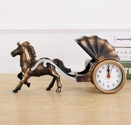 2019 tirer l'horloge Réveil Classique Cheval dessiné véhicule Forme Réveil pour La Décoration Intérieure Décoration de Chambre à coucher pour Enfants Enfants choisissez A2200c tirer l'horloge pas cher