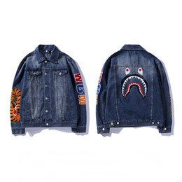 Chaqueta de mezclilla de los hombres de impresión online-Bape Mens Designer Jacket Fashion Shark Printing Denim Prendas de abrigo de alta calidad BAPE Men Jacket Blue Size M-2XL