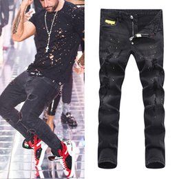 dunkle wäsche zerrissene dünne jeans Rabatt Man Black Fierce Gerade geschnittene Bikerjeans Slim Fit Damage Hole Ripped Paint Denim Hose Big Size 38