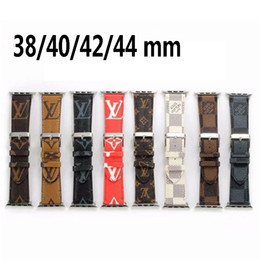 iphone bands Coupons - Monogram Printing Leather Watchbands for Apple Watch Band Iwatch 38mm 42mm 40mm 44mm Sports Bracelet Replacement Designer Watch Band
