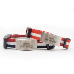 Collari di cane nylon personalizzati online-Collare di lusso con collare di cane personalizzato a strisce per cuccioli di cani di taglia piccola / media con etichetta personalizzata