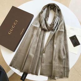 Argentina Brand Designer-Top Qualtiy Luxury 100% pañuelo de seda Estampado estampado Bufanda Mujeres Brand Bufandas mujer Diadema bufandas A-2200 con caja Suministro