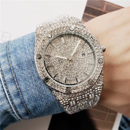 Guardare le donne bling online-Hip Hop Bling Diamond Watch For Men Women's Gold Stainless Steel Band Men's Business Quartz Watches Man Waterproof Relogio Masculino drop s