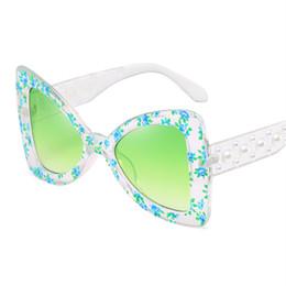 Templo de decoracion online-UVLAIK Mujeres Mariposa Gafas de Sol Impresas Moda Señoras Gafas de Sol Decoración de perlas Templo Anteojos Floral Eyeears