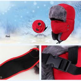 Toptan Açık Kayak Spor 4 Renkler Katı Kış Şapka Kış Rüzgar Geçirmez Toz Geçirmez Sıcak Trapper Şapkalar Kulak Flaps ile Parti Caps DH0346 nereden