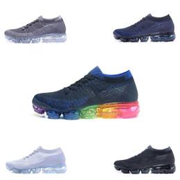 2018 2019 Classic TN Scarpe da corsa per uomo Scarpe sportive da donna  progettate per essere vero scarpe da ginnastica di marca di lusso scarpe da  ... 82fd31a2625