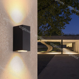 2019 jardim parede sconces LED para cima para baixo iluminação arandelas de parede lampara levou arandelas luz da sala de estar estacionamento garagem luz fora jardim decoração de iluminação desconto jardim parede sconces