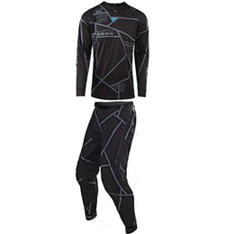sujeira do kit Desconto 2018 SE AI Motocross Suit Kit Off-Road MTB DH MX Racing Jersey e calças Motocicleta Dirt Bike Riding Gear Combo X