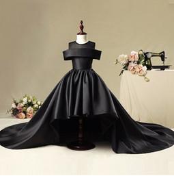 Boules de fleurs noires en Ligne-Luxe Fleur De Fille Dress Pour Mariages Robe De Bal Noir Satin Rouge Robes De Comunion Pageant Robe Première Communion Robes 2019