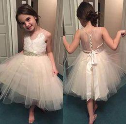 Imagenes de vestidos cortos para primera comunion