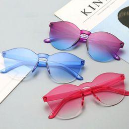 2019 enfriador de una pieza DHL Free Ship 24 Colores Mujeres Moda PC Gafas de sol Cool One Pieces Gafas de sol para hombres Lentes de colores baratos al por mayor enfriador de una pieza baratos