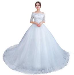 Vestidos de novia grandes mangas online-vestido de boda de la cinta nuevo brote de gama alta manguitos de un hombro de gran tamaño de la cola blanca