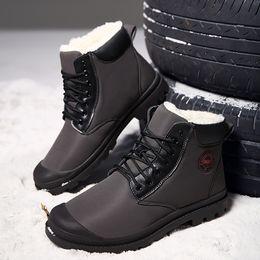 Mais tamanho calcinha de renda on-line-Botas de Neve de moda Inverno Plus Size 45 Cunhas Ankle Boots À Prova D 'Água Para Meninos Lace Up Curto Sapatos Casuais de Pelúcia Homens