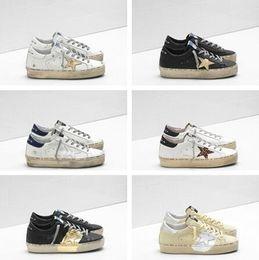 2019 scarpe italy marche per uomini Italia Deluxe Marca Golden Superstar Designer Sneakers GD Scarpe classiche bianche Do-old Dirty Uomo e donna Sport Casual Scarpe con zeppa sconti scarpe italy marche per uomini