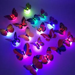 rodas de trabalho ao atacado Desconto Borboleta LED novidade lâmpada decorativa Modelo Animal Flashing Garniture Eléctrico Night Light Decoração Partido Mood Lighting