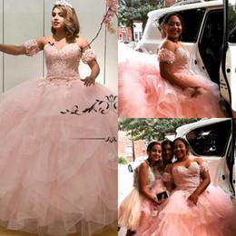 Niñas 15 vestidos de cumpleaños online-2.020 Tamaño rosado elegante del dulce 16 de Quinceanera de los vestidos de bola del vestido 3D Flores de conexión en cascada de las colmenas Vestidos 15 Anos Plus niñas vestidos de fiesta de cumpleaños