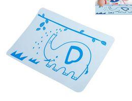 Baby placemat online-Tovagliette Cartone animato Tovaglietta Tovagliette in silicone Accessori da cucina per bambini Stuoie Utensili Stuoie Tovaglietta in silicone resistente al calore per stoviglie per bambini