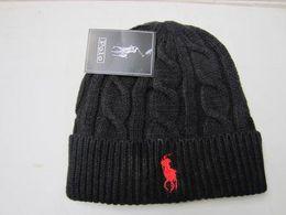 Venta al por mayor Unisex primavera invierno sombreros para hombres mujeres de punto Beanie lana sombrero hombre Knit Bonnet Polo Beanie Gorros touca espesar gorra caliente desde fabricantes
