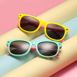 792e4c99a Nova polarizada crianças óculos de sol meninos meninas bebê infantil moda  quadrado retro óculos de sol uv400 eyewear criança shades óculos de sol  le311 ...
